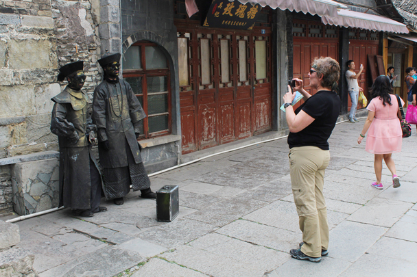 Living statues in Qingyan - Miao and Dong culture in Guizhou, 2015/04