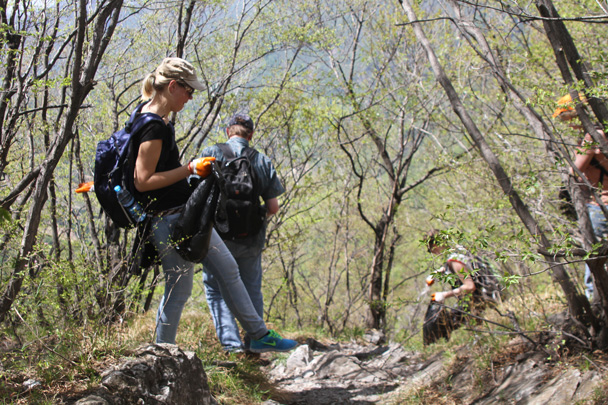 Hard at work cleaning - Earth Day Clean Up Hike at Jiankou, 2015/4/25