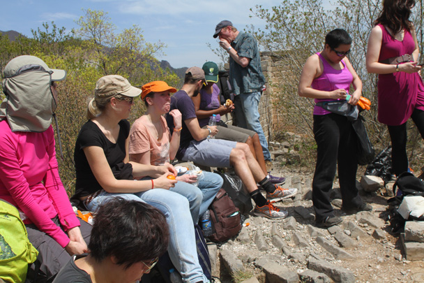 Midway we stopped for a snack break - Earth Day Clean Up Hike at Jiankou, 2015/4/25
