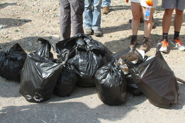 Excellent work - Earth Day Clean Up Hike at Jiankou, 2015/4/25
