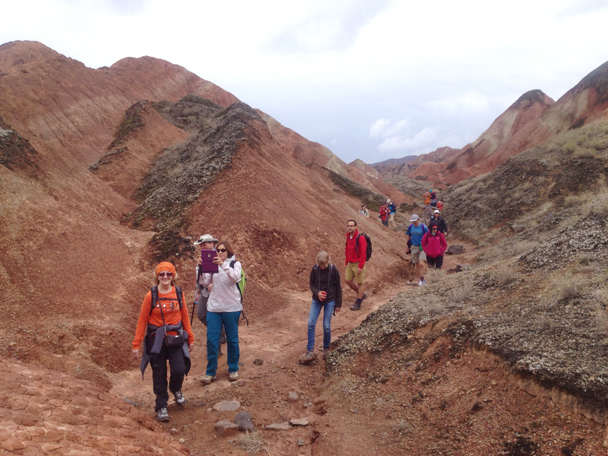 Hiking in the hills - Zhangye Danxia Landform and Jiayuguan Fortress, 2015/05