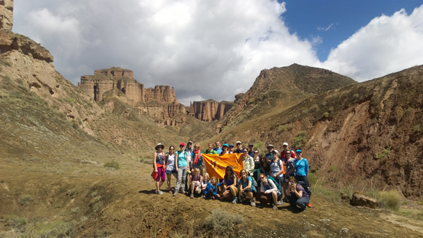Group photo - Zhangye Danxia Landform and Jiayuguan Fortress, 2015/05