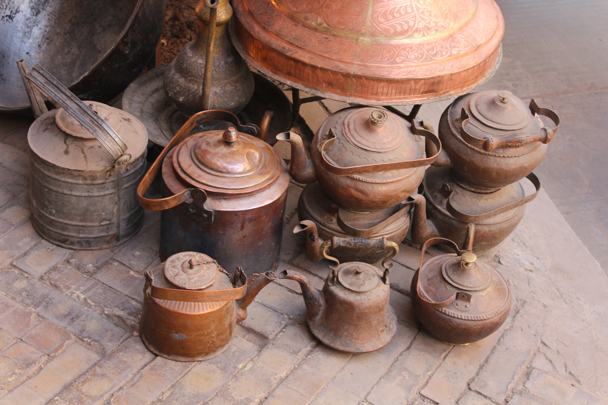 Old teapots - Along the Silk Road from Korla to Kashgar, 2015/06