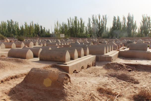 A cemetary nearby the tomb - Along the Silk Road from Korla to Kashgar, 2015/06