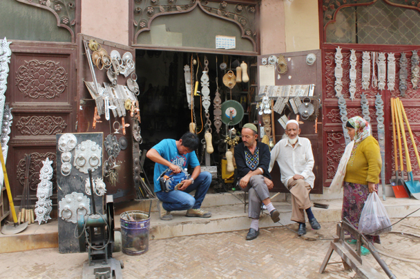 Handmade door ornaments - Along the Silk Road from Korla to Kashgar, 2015/06
