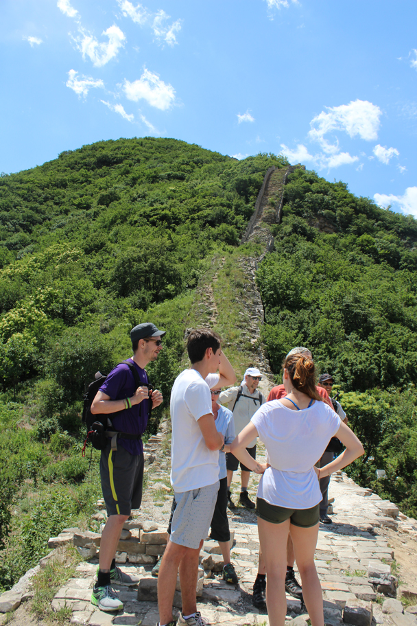 Ready to set off on the next uphill part of the walk - Middle Switchback Great Wall, 2015/06/07