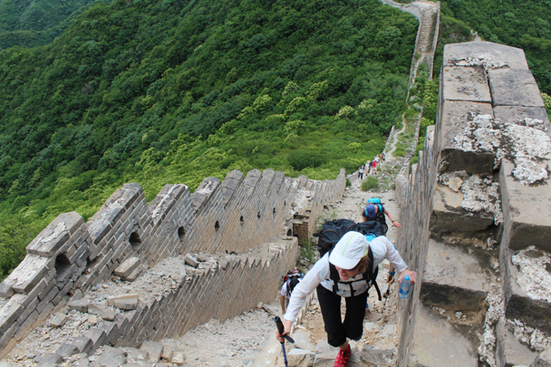 A steep climb took us up to a high point - Middle Switchback Great Wall, 2015/06/07