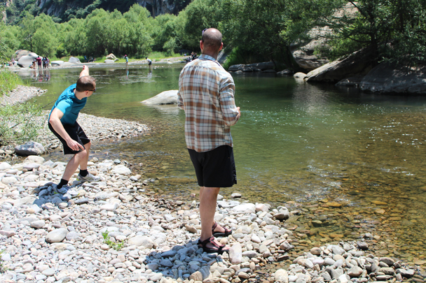 Getting the hang of it! - White River hike, 2015/07/05