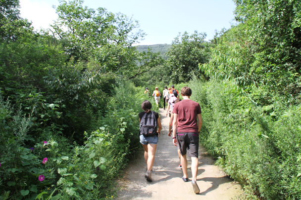After looking about the Walled Village we set out on field trails, heading for the Great Wall - Walled Village to the Little West Lake, 2015/08/08