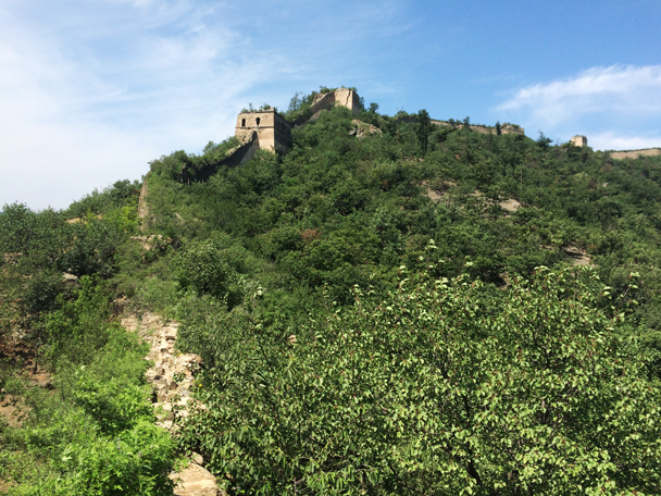 We hiked up through these towers - Walled Village to the Little West Lake, 2015/08/08