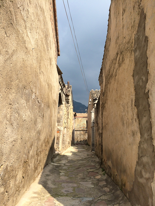 An alley in the village - Ming Village overnight, 2015/08