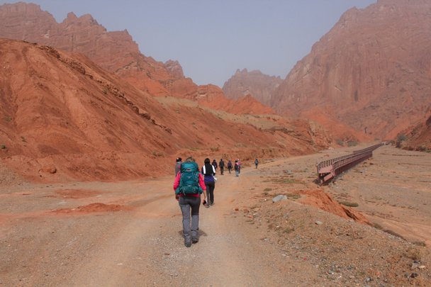 Further up into the canyon - Along the Silk Road from Korla to Kashgar, 2015/09