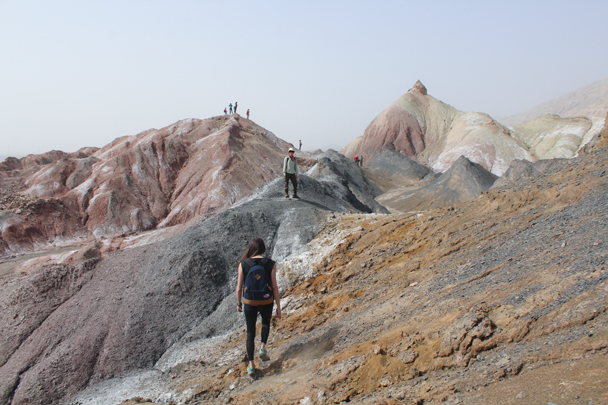 More interesting colours in the hills here - Along the Silk Road from Korla to Kashgar, 2015/09