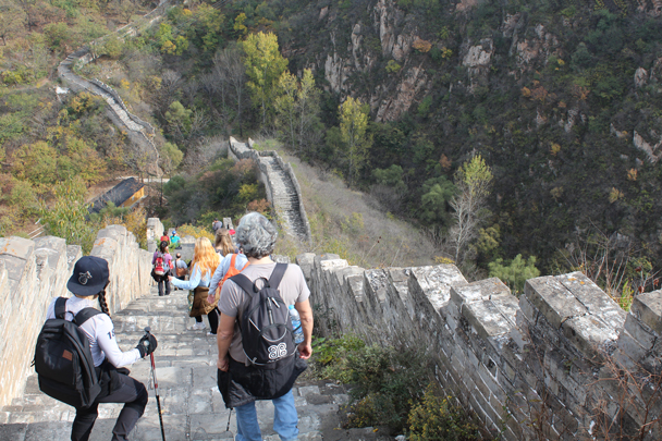 The wall is steep here. This part was rather tricky before it was restored - Longquanyu and Little West Lake Great Wall, 2015/10/24