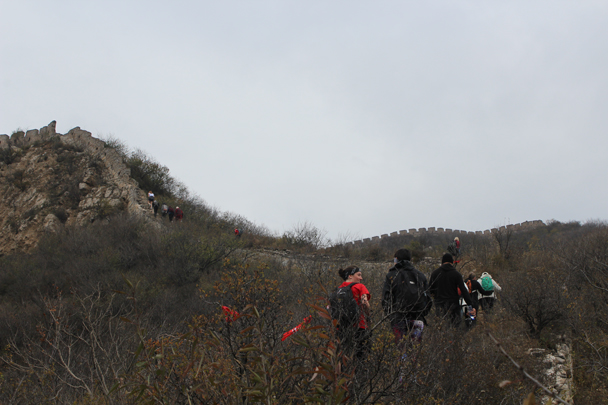 We followed the wall further up, to the higher parts - Middle Route of Switchback Great Wall, 2015/10/25