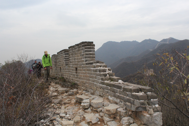 A broken part of the wall - Middle Route of Switchback Great Wall, 2015/10/25