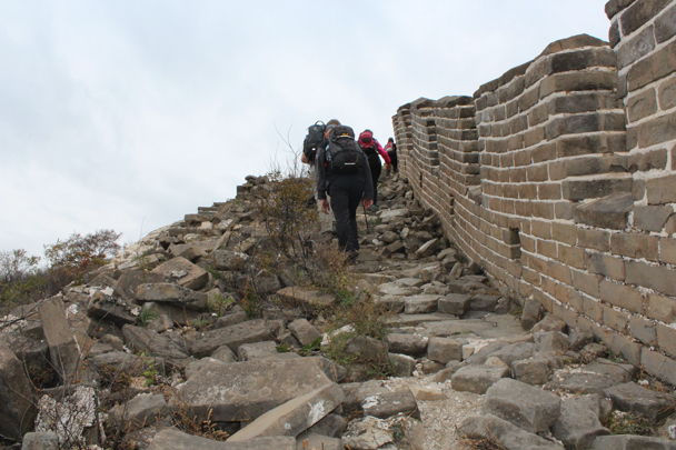 Bricks underfoot, where one side of the wall has collapsed - Middle Route of Switchback Great Wall, 2015/10/25