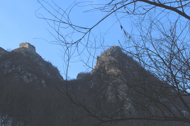 Getting closer to the Great Wall on the Jiankou side - Boxing Day Great Wall hike at Jiankou and Mutianyu, 2015/12/26