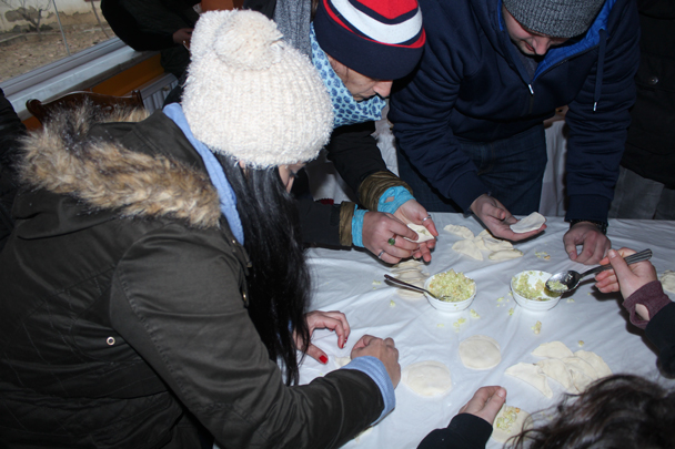 Filling and wrapping the dumplings - Boxing Day Great Wall hike at Jiankou and Mutianyu, 2015/12/26