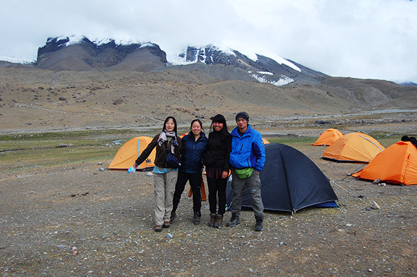 Hikers and guides at our campsite below Muztagh-Ata, Beijing Hikers Kashgar and Lake Karakul trip 2013/08/20
