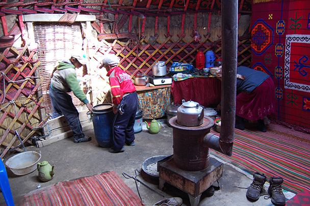 We were invited to take a look inside one of the yurts in a seasonal settlement near our campsite, Beijing Hikers Kashgar and Lake Karakul trip 2013/08/20