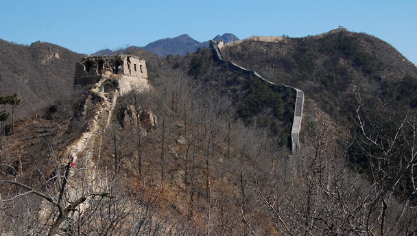 A stretch of the unrestored Great Wall at Huanghuacheng