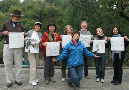 Huilin and the art students, Beijing Hikers Countryside painting and sketching trip, 2009-10-11
